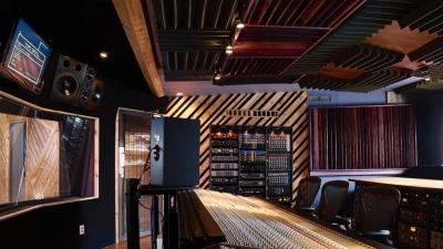 Funktasy Affiliated Studios - Planet Studios